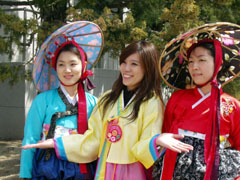 Korean girls in Seoul